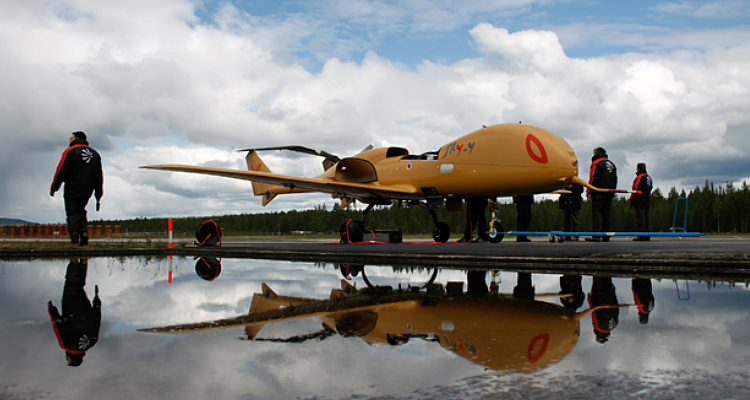 Alenia skylynx sky-y uav technology demonstrator prototype unmanned