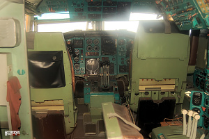 Tupolev Tu-144 cockpit pilot copilot supersonic passanger aeroplane photo