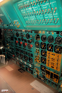 Tupolev Tu-144 cockpit technical operator supersonic passanger aeroplane photo