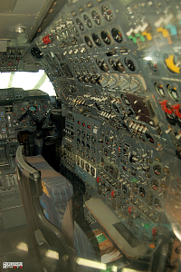 Concorde cockpit technical operator supersonic passanger aeroplane photo