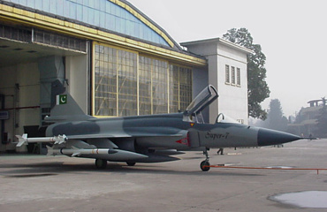 Chengdu PAC FC-1 JF-17 chinese pakistan fighter PLAAF full size mockup