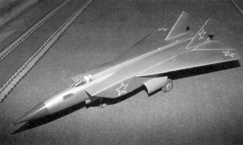 MiG E-155R Ye-155R reconnaissance fighter aircraft proposal variable geometry wing