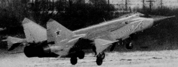 MiG-31 071 072 antisatellite plane aircraft fighter experimental soviet