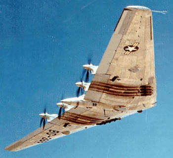 Northrop XB-35 flyingwing in flight bomber aircraft USAAF