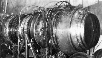 Pratt and Whitney PW 304 Suntan engine powerplant